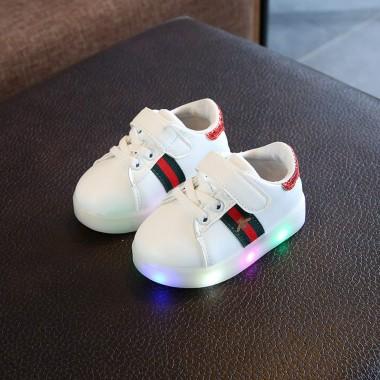 Кроссовки светящиеся,белые
