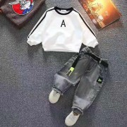 Комплект-двойка с джинсами